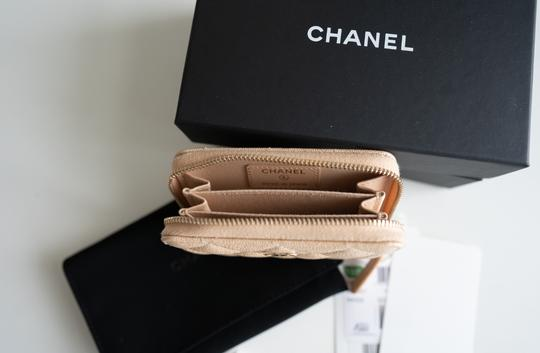 Chanel Chanel Iridescent Beige Zipped Card Holder Wallet with Gold Hardware Image 3