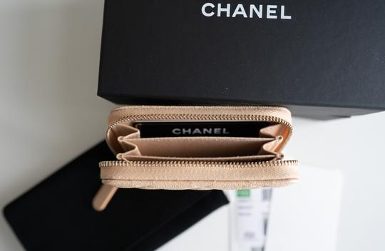 Chanel Chanel Iridescent Beige Zipped Card Holder Wallet with Gold Hardware Image 4