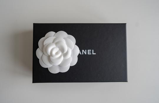 Chanel Chanel Iridescent Beige Zipped Card Holder Wallet with Gold Hardware Image 5