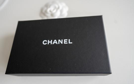 Chanel Chanel Iridescent Beige Zipped Card Holder Wallet with Gold Hardware Image 6