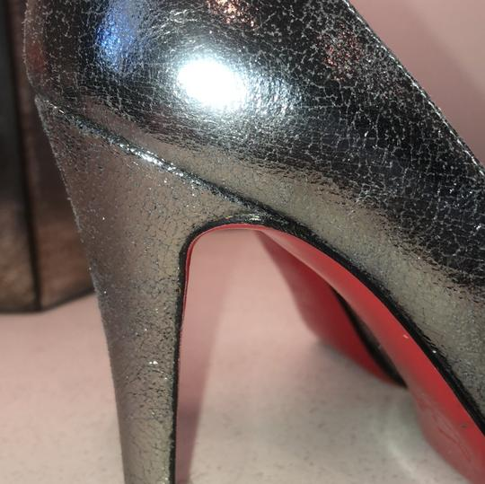 Christian Louboutin silver Pumps Image 4