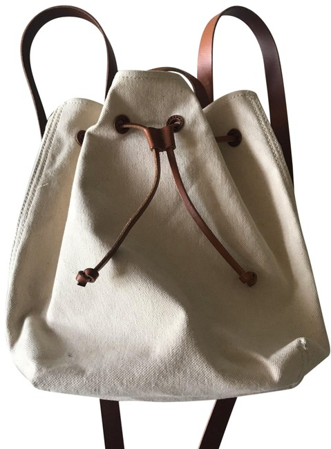 Item - H6619 Ivory Canvas Backpack