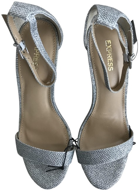 Item - Silver Ankle Strap Glitter Party Sandals Size US 7 Regular (M, B)