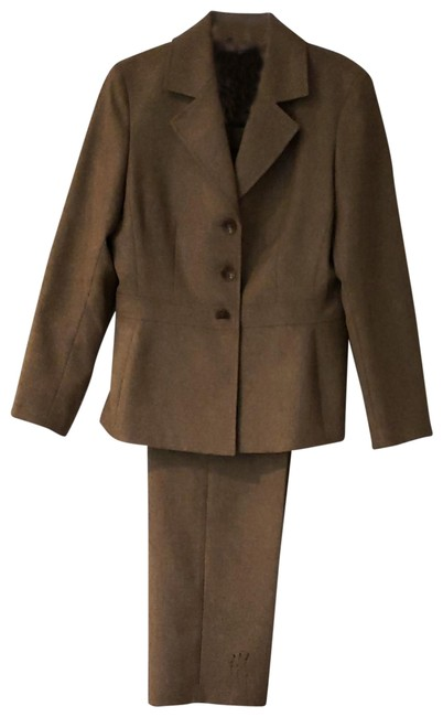 Item - Tan and Brown Pant Suit Size 12 (L)