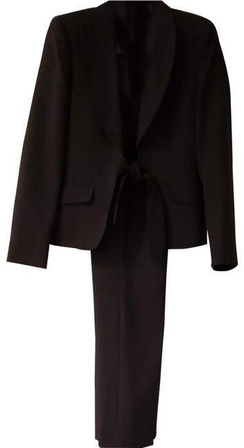 Item - Black and White Pant Suit Size 8 (M)