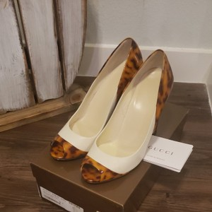 Gucci Off-white/tortoise Formal