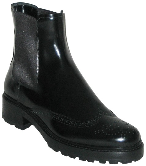 Preload https://img-static.tradesy.com/item/26182938/michael-kors-collection-black-irvine-runway-ankle-made-in-italy-bootsbooties-size-eu-39-approx-us-9-0-1-540-540.jpg