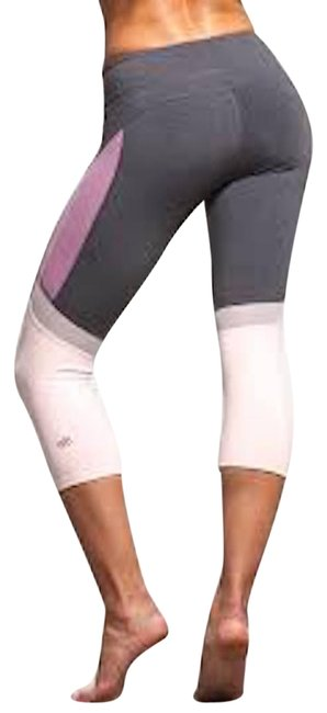 Preload https://img-static.tradesy.com/item/26182962/alo-pink-curvature-capri-performance-leggings-activewear-bottoms-size-8-m-29-30-0-1-650-650.jpg