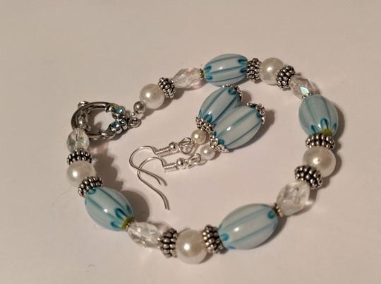 handmade Handmade Glass Pearl Beaded Bracelet Earrings Set Blue Silver Tone Image 1