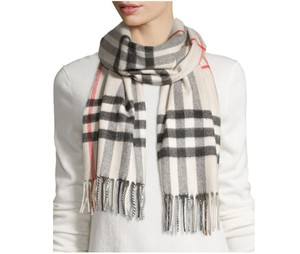 Burberry New Classic Giant Icon Check 100% Cashmere Monogram Scarf Wrap