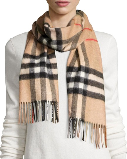 Preload https://img-static.tradesy.com/item/26183026/burberry-archive-beige-new-classic-giant-icon-check-cashmere-monogram-scarfwrap-0-1-540-540.jpg