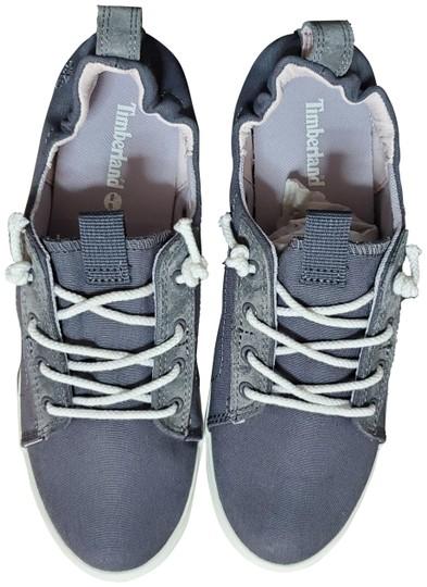 Preload https://img-static.tradesy.com/item/26183028/timberland-grey-canvas-women-s-newport-oxford-sneakers-size-us-8-regular-m-b-0-1-540-540.jpg