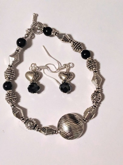 handmade Handmade Black Onyx Gemstone Silver Tone Bracelet Earrings Set Image 2