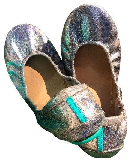 Preload https://img-static.tradesy.com/item/26183195/tieks-iridescent-love-potion-women-s-ballet-flats-size-us-7-regular-m-b-0-1-540-540.jpg