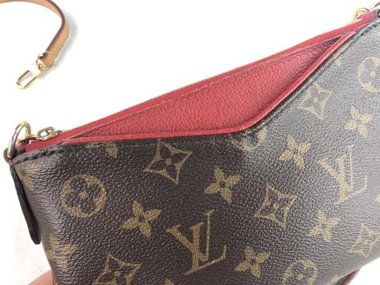 Louis Vuitton Lv Pallas Chain Cross Body Bag Image 10