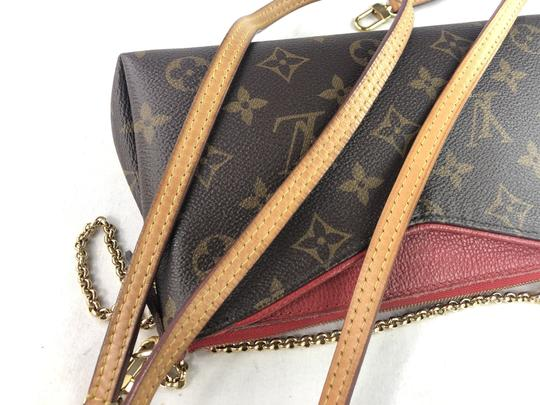 Louis Vuitton Lv Pallas Chain Cross Body Bag Image 8