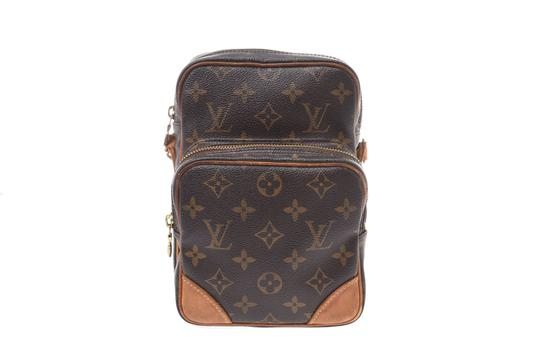 Preload https://img-static.tradesy.com/item/26183287/louis-vuitton-amazone-amazon-m45236-monogram-shoulder-bag-0-0-540-540.jpg