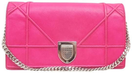 Preload https://img-static.tradesy.com/item/26183402/dior-wallet-on-chain-diorama-hot-pink-lambskin-leather-tote-0-2-540-540.jpg