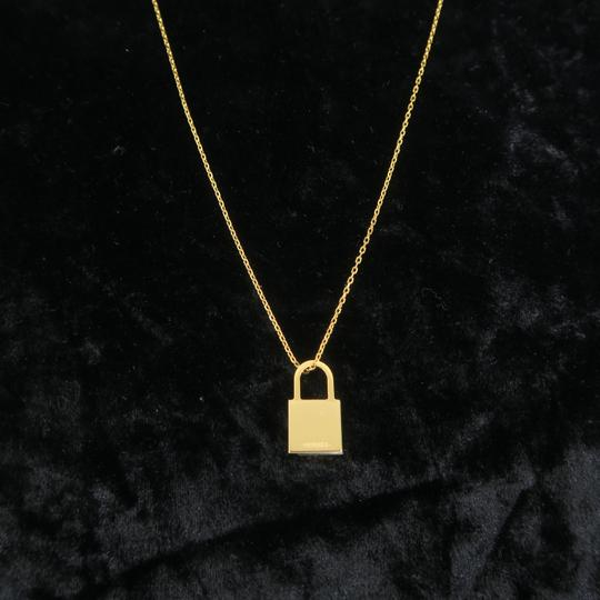 Hermès Hermès Yellow Gold Kelly Cadenas Amulette Pendant Necklace Image 3