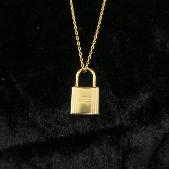 Hermès Hermès Yellow Gold Kelly Cadenas Amulette Pendant Necklace Image 6