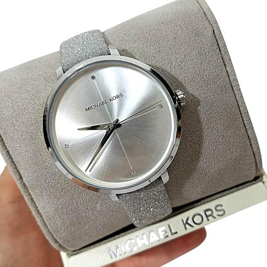 Michael Kors NEW Women's Charley Silver-Tone Watch MK2793 Image 0