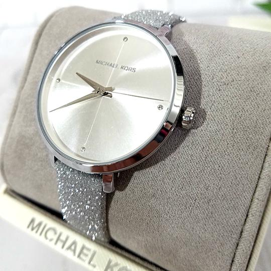 Michael Kors NEW Women's Charley Silver-Tone Watch MK2793 Image 7