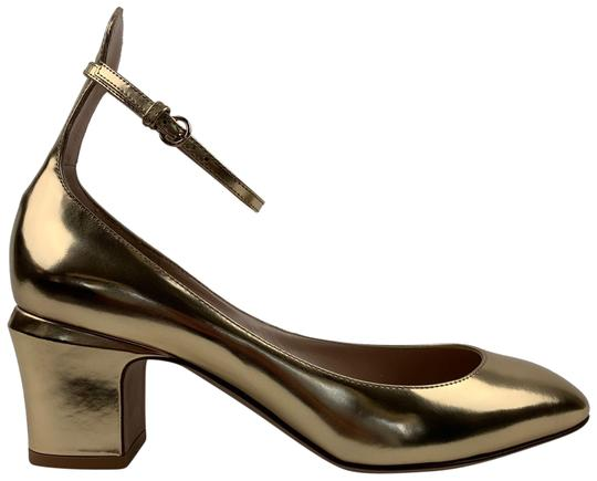 Preload https://img-static.tradesy.com/item/26183590/valentino-gold-tan-go-leather-ankle-strap-heels-pumps-size-eu-385-approx-us-85-regular-m-b-0-1-540-540.jpg