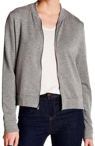 Bordeaux Sofr Warm Fleece Crew Neck Long Sleeves Front Zip Closure 2 Side Slash Gray Jacket