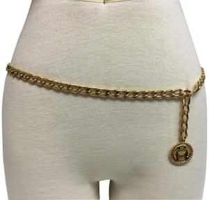 Chanel Gold chain belt with medallion