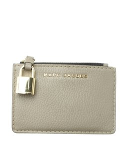 Marc Jacobs Marc Jacobs Gotham Beige Leather Card Holder (178408)