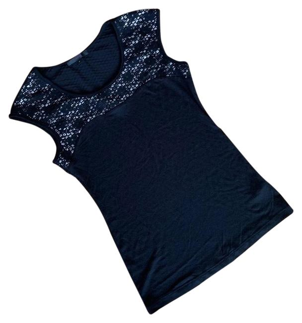 Item - Black and Silver Tee Shirt Size 8 (M)