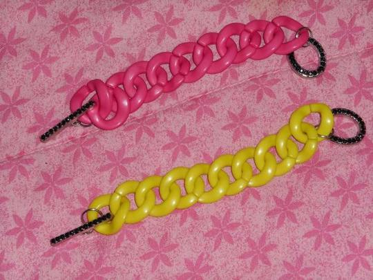 Unknown Plastic Chain Bracelets