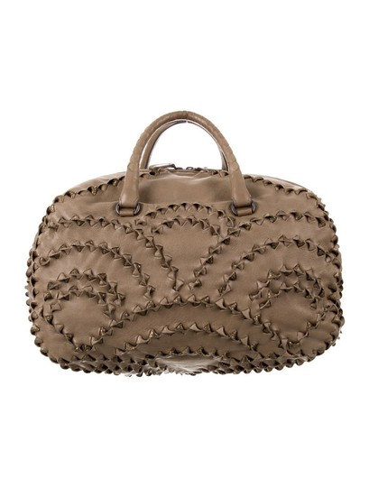 Preload https://img-static.tradesy.com/item/26192970/bottega-veneta-intrecciato-handbag-satchel-0-0-540-540.jpg