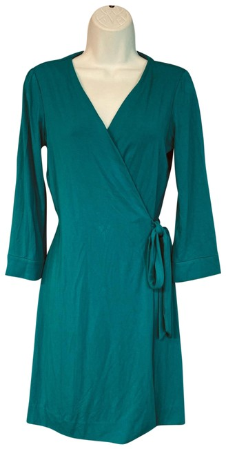 Preload https://img-static.tradesy.com/item/26194752/diane-von-furstenberg-green-stretch-rayon-wrap-short-casual-dress-size-8-m-0-1-650-650.jpg