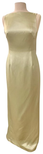 Item - Light Green Silk Boat Neck Open Back Gown Long Formal Dress Size 6 (S)