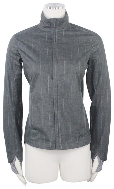 Brooks Grey Bolt Running Pinstriped Lightweight Full Zip Front Thumbholes Activewear Size 2 (XS) Brooks Grey Bolt Running Pinstriped Lightweight Full Zip Front Thumbholes Activewear Size 2 (XS) Image 1