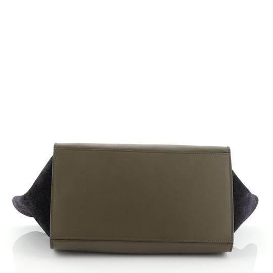 Céline Satchel in green, white and black l Image 3