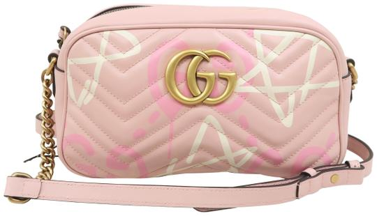 Preload https://img-static.tradesy.com/item/26196699/gucci-marmont-gg-small-guccighost-matelasse-pink-calfskin-shoulder-bag-0-1-540-540.jpg