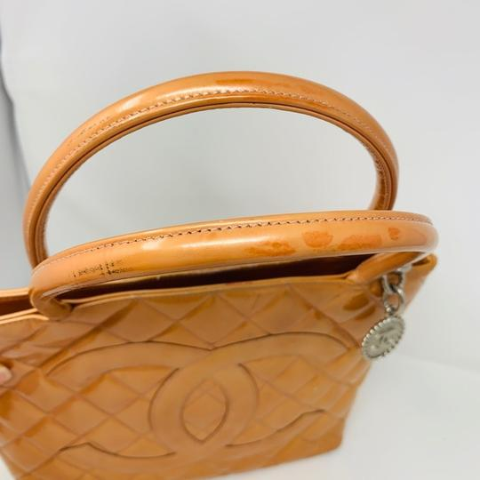 Chanel Tote Image 6