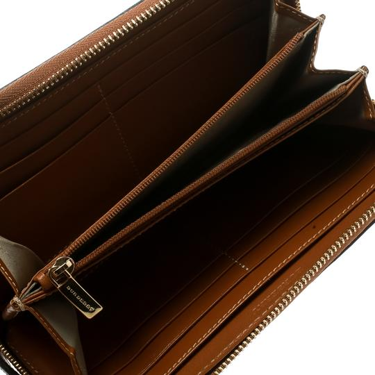 Burberry Burberry Brown Leather Zip Around Wallet Image 2