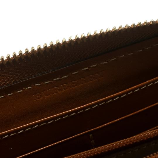 Burberry Burberry Brown Leather Zip Around Wallet Image 5