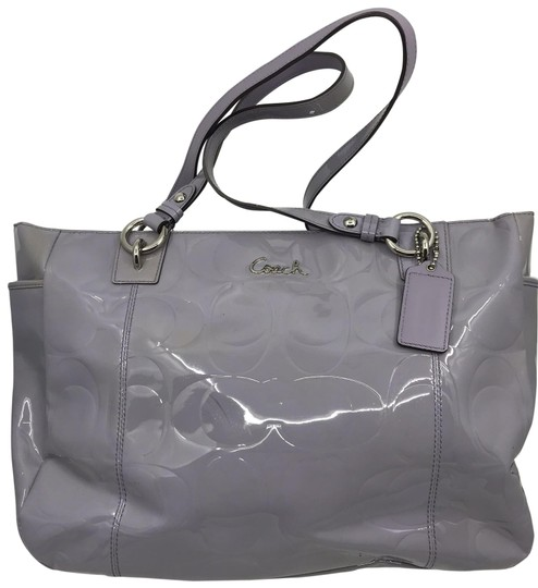 Preload https://img-static.tradesy.com/item/26197586/coach-purple-gray-patent-leather-shoulder-bag-0-1-540-540.jpg