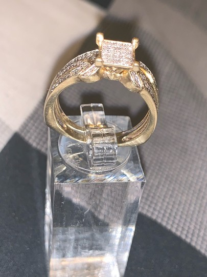 Zales 2pc 10k Gold Diamond Ring 0.30 Carats Image 4