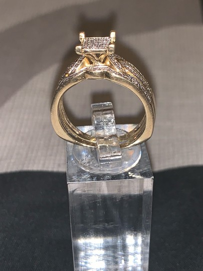 Zales 2pc 10k Gold Diamond Ring 0.30 Carats Image 5