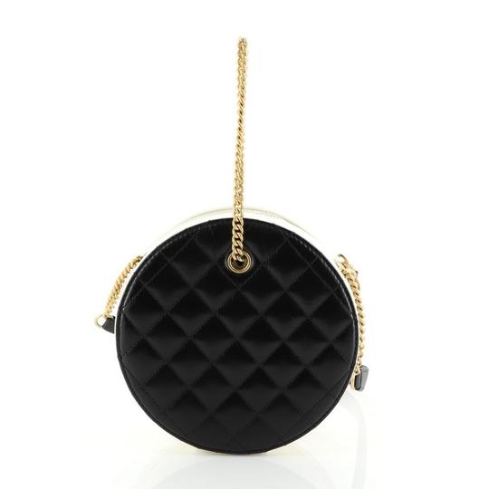 Chanel white and black Clutch Image 3