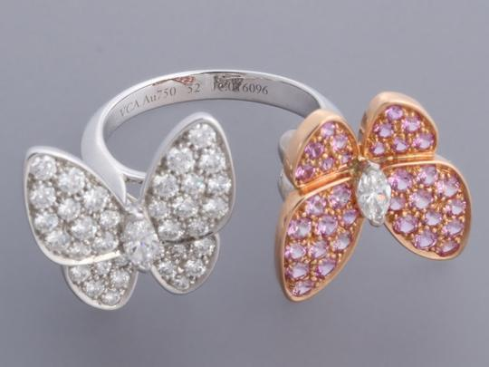Van Cleef & Arpels PINK SAPPHIRE & DIAMOND 18K GOLD TWO BUTTERFLY BETWEEN THE FINGER RING Image 2