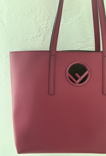 Fendi Tote in cherry Image 5