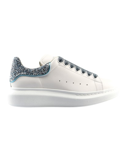 Preload https://img-static.tradesy.com/item/26198271/alexander-mcqueen-white-oversize-in-calf-leather-sneakers-size-eu-35-approx-us-5-regular-m-b-0-0-540-540.jpg