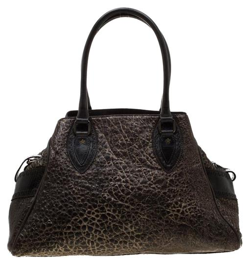 Preload https://img-static.tradesy.com/item/26198308/fendi-dark-brownshimmer-gold-de-jour-media-crisp-brown-leather-satchel-0-1-540-540.jpg