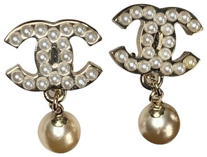 Chanel Clip-On Pearl Earrings